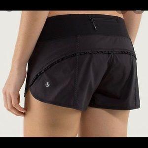 LULULEMON RUNNING  shorts  Sz 10